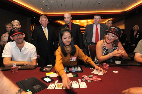 live poker room full house greets new poker room at maryland live