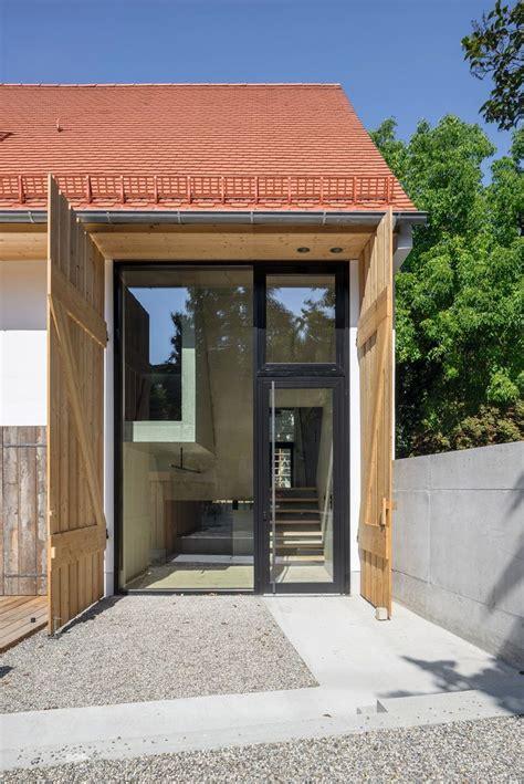 scheune gaube beton und filz im bauernhaus umbau haimerl in