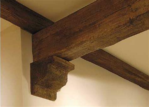 finte travi in legno per soffitti arredo in travi finto legno