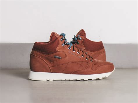 s reebok sneakers s shoes sneakers reebok classic leather mid tex