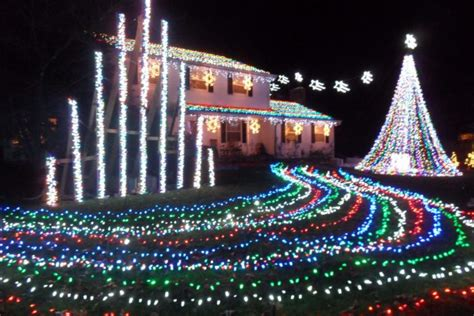 holiday light show nj 10 best christmas light displays in new jersey 2016