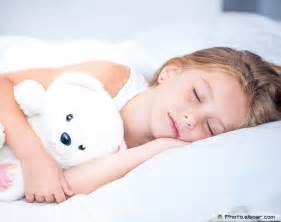 girl kid bed