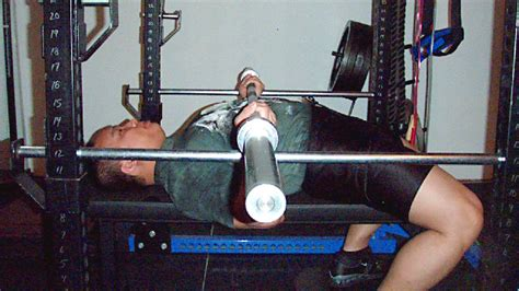 where to hold the bar for bench press where to hold the bar for bench press 28 images the best way to do incline barbell