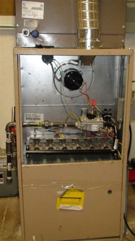 troubleshoot  air conditioner gray cooling man air