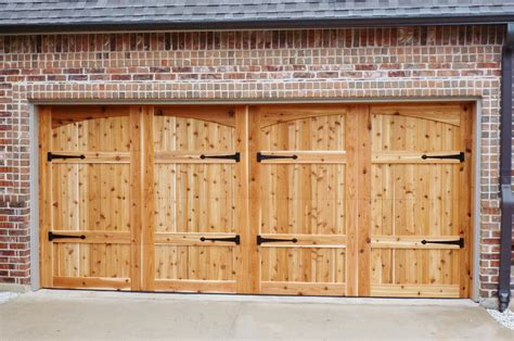 Wooden Garage Door Panels by Photo Gallery Lonestar Overhead Doorslonestar Overhead Doors