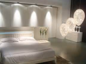 Modern Bedroom Lighting Modern Bedroom Decoration With Innovative Lighting Poonpo