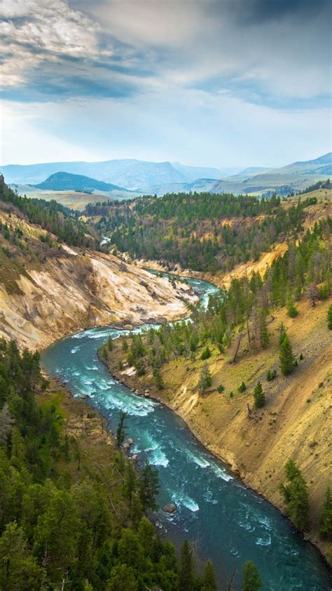wallpaper yellowstone landscape 4k 5k wallpaper usa