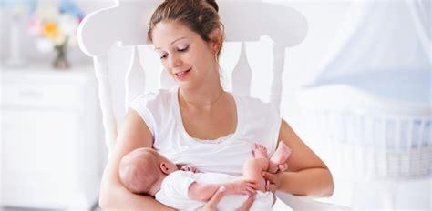 alimentazione quando si allatta 10 cibi che fanno bene durante l allattamento diredonna