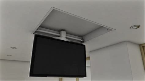 staffe per tv a soffitto tv moving chrs staffa tv motorizzata da soffitto per tv