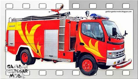 gambar mobil pemadam kebakaran tercanggih gambar gambar mobil