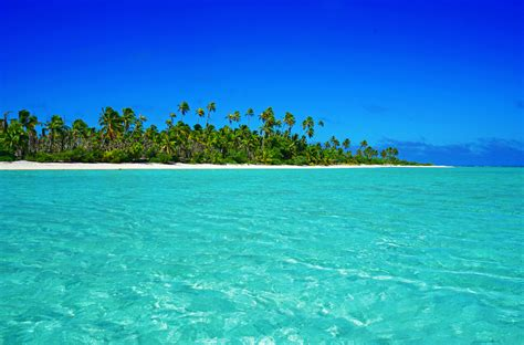 islands a trip through how to travel the cook islands on a budget it s possible