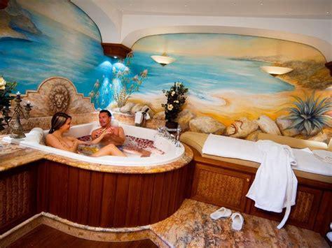piscine interne casa 17 migliori idee su piscine piccole su piscina