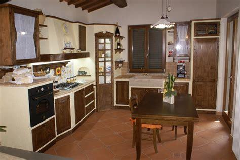 cucine in muratura firenze cucina in finta muratura funzionalit 224 caratteristiche e