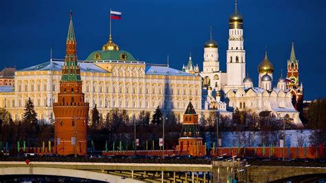 moscow and st petersburg in moscow and saint petersburg centres of russian life liden denz