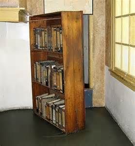 Anne Frank Bookcase Door The Presurfer Anne Frank S Secret Hiding Place In 3d