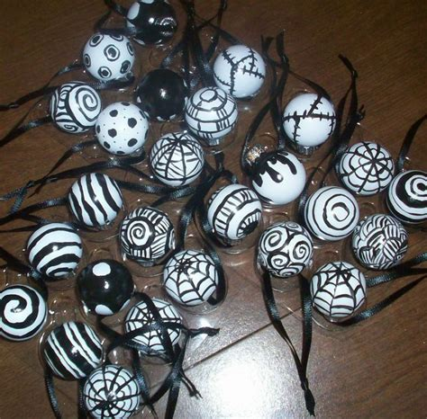 1000 ideas about nightmare before christmas tree on