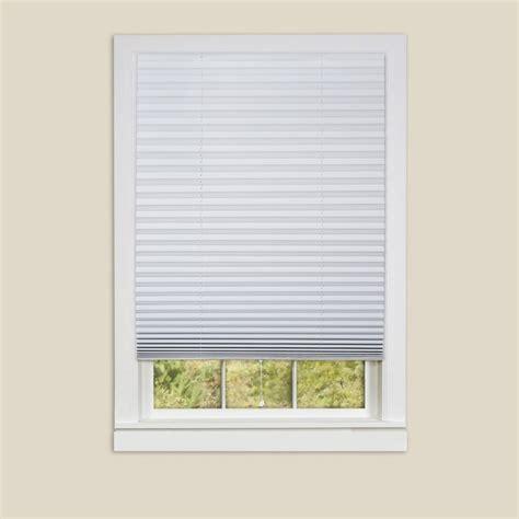 Room Darkening Window Shades by 25 Best Ideas About Room Darkening Shades On