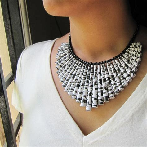 paper craft jewellery 98 best craft paper bead jewelry images on