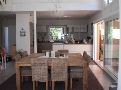 Bien Centre De Table Salle A Manger #2: Salle-a-manger-Gris-Table-201210232234397l.jpg