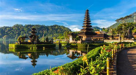 singapore  bali  favoured travel destinations