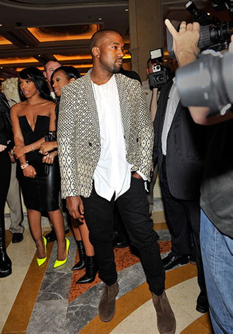 jonathan pryce kanye west kim kardashian wears daring white dress for las vegas