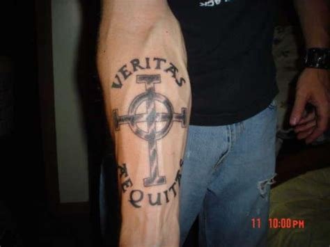boondock saints hand tattoos boondock saints tattoos which are really awesome slodive