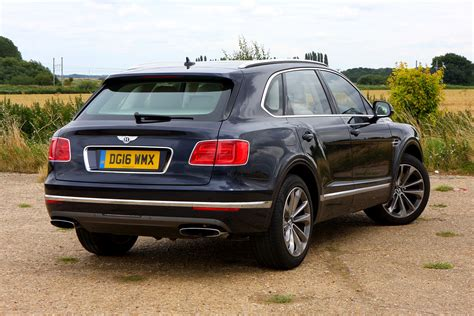 bentley bentayga exterior bentley bentayga suv 2016 photos parkers