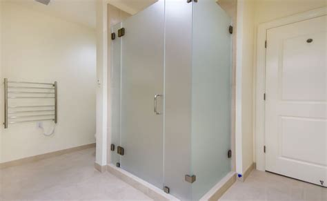 Different Types Of Shower Doors And Their Characteristics Types Of Shower Door Glass