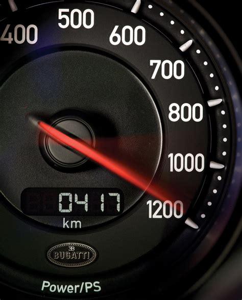 bugatti veyron top speed bugatti veyron super sport sets 267 8 mph top speed record