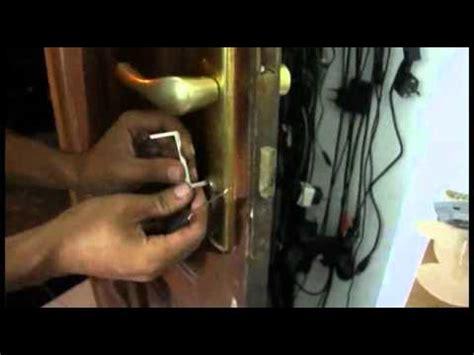 128 Cara Buka Kunci duwi arsana cara mudah membobol pintu tanpa kunci