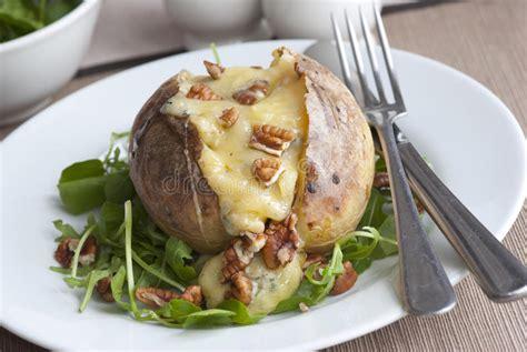 pomme de terre en robe de chambre au four pomme de terre en robe de chambre image stock image du