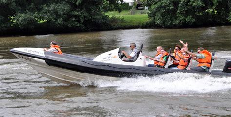 motorboot fahren neckar mit 300 ps auf dem main unterwegs nokzeit soziales