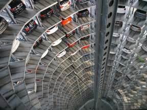volkswagen s car park at autostadt by henn architekten