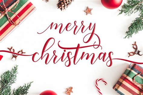 happy christmas calligraphy font befontscom