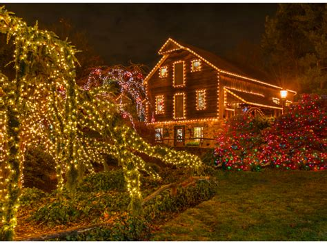 peddler s village holiday lights now illuminated