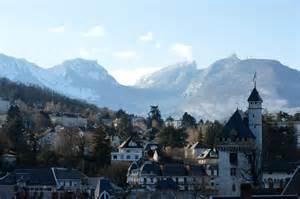 chamb 233 ry et la montagne grand chamb 233 ry alpes tourisme