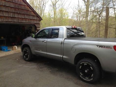 2009 Toyota Tundra Trd Supercharged Sell Used 2009 Toyota Tundra Limited Cab 4x4 5 7l