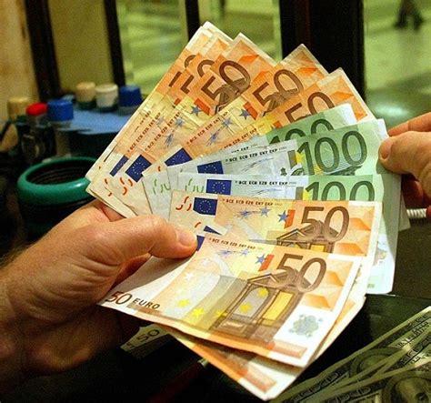 di crediti sardo banco di sardegna sempre meno prestiti a famiglie e