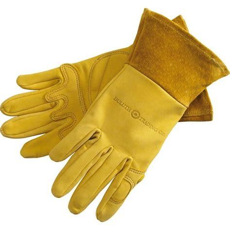 Garden Gloves by 10 Easy Pieces Garden Gloves Gardenista