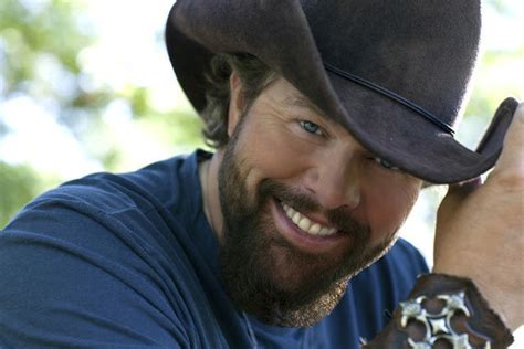 toby keith fan bullets in the gun pictures toby keith photo 18380751