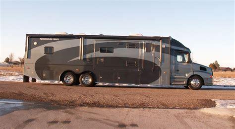 luxury motor coaches luxury motor coach 6 exterior pictures