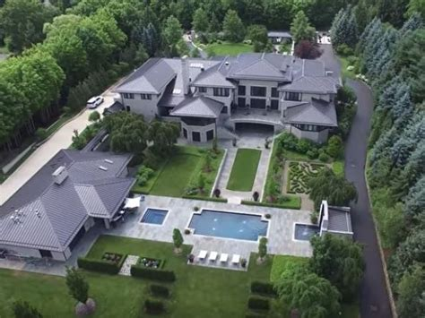 lebron james house ohio watch see lebron james ohio home from a drone fairlawn oh patch