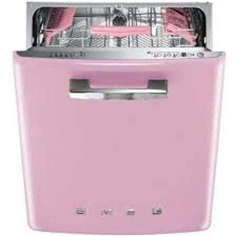 pink appliances kitchen 25 best ideas about pink kitchens on pinterest pink