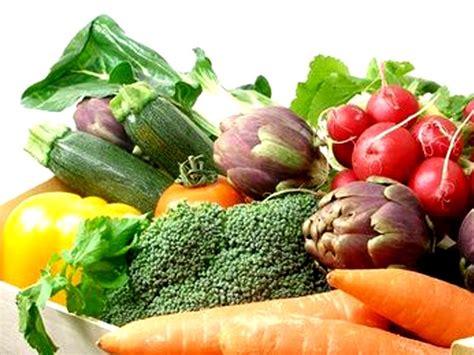 elenco alimenti vegani cibi vegani 20 sostituti di carne formaggio uova