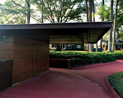usonian house frank lloyd wright usonian houses a look at the