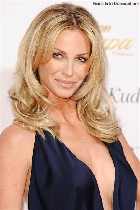 sarah harding bob hairstyle back view 2013 short inverted bob hairstyles male models picture