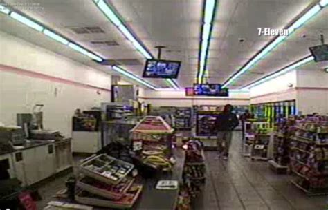 trayvon martin 7 11 trayvon martin 7 eleven store security video page 9