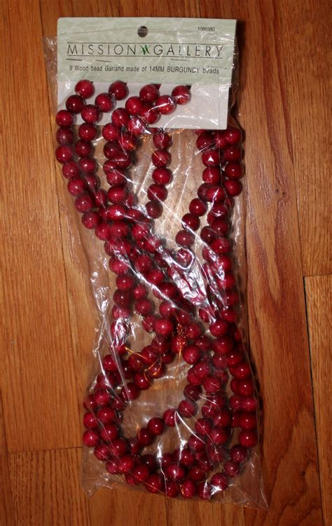 wood cranbery beads for christmas trees wood cranberry burgundy bead garlands tree decor 9 ft sections ebay