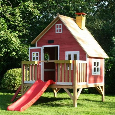 kids play houses outdoor playhouses for kids recycled things