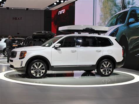 2020 Kia Telluride White by Photo Gallery New Suvs And Trucks At The 2019 Detroit
